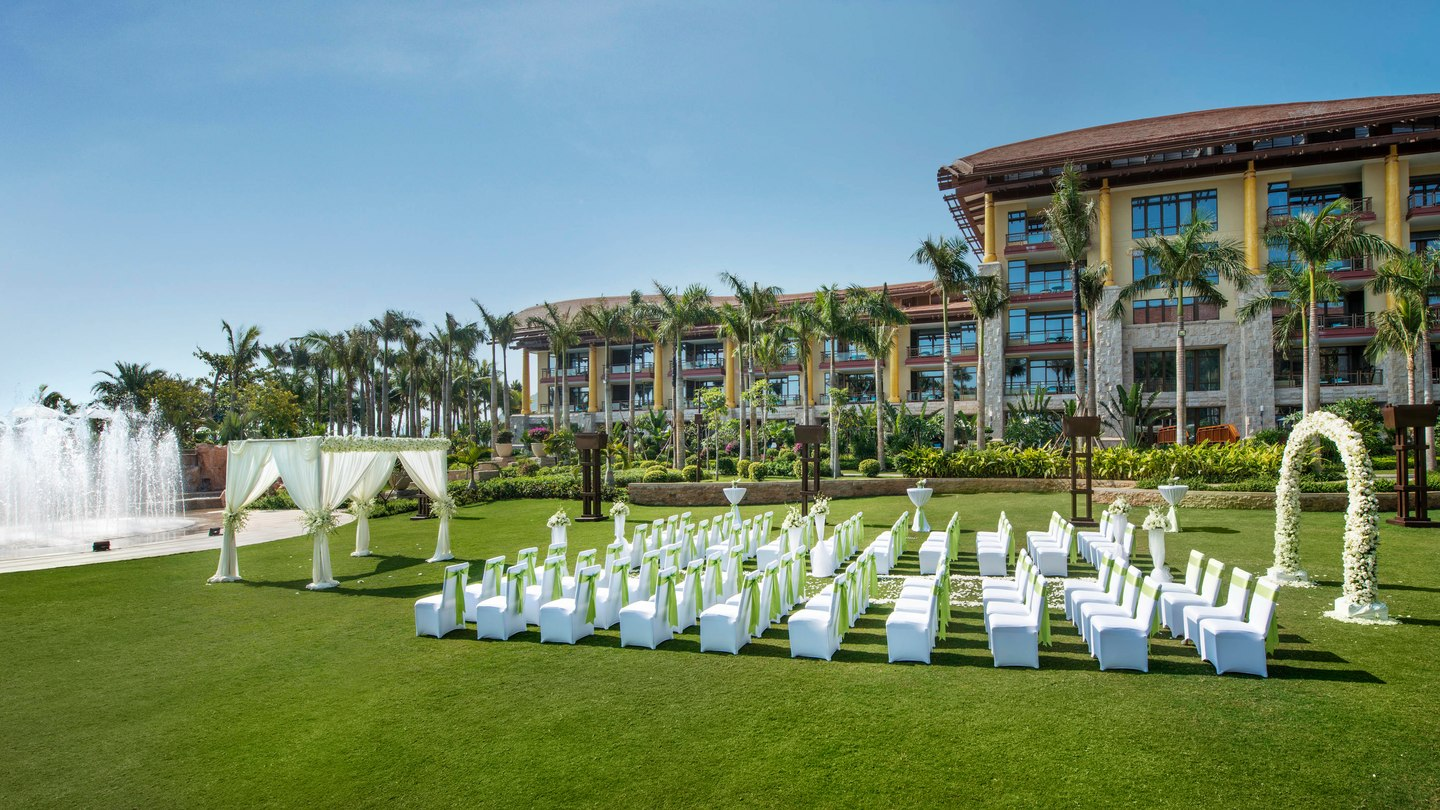 Things To Look For When Booking A Wedding Resort